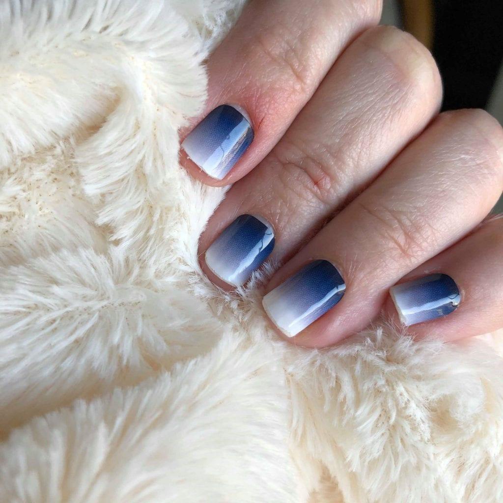 Tara Zeitner BeneYOU Frostbite Manicure | The Radiance Mindset | www.theradiancemindset.com